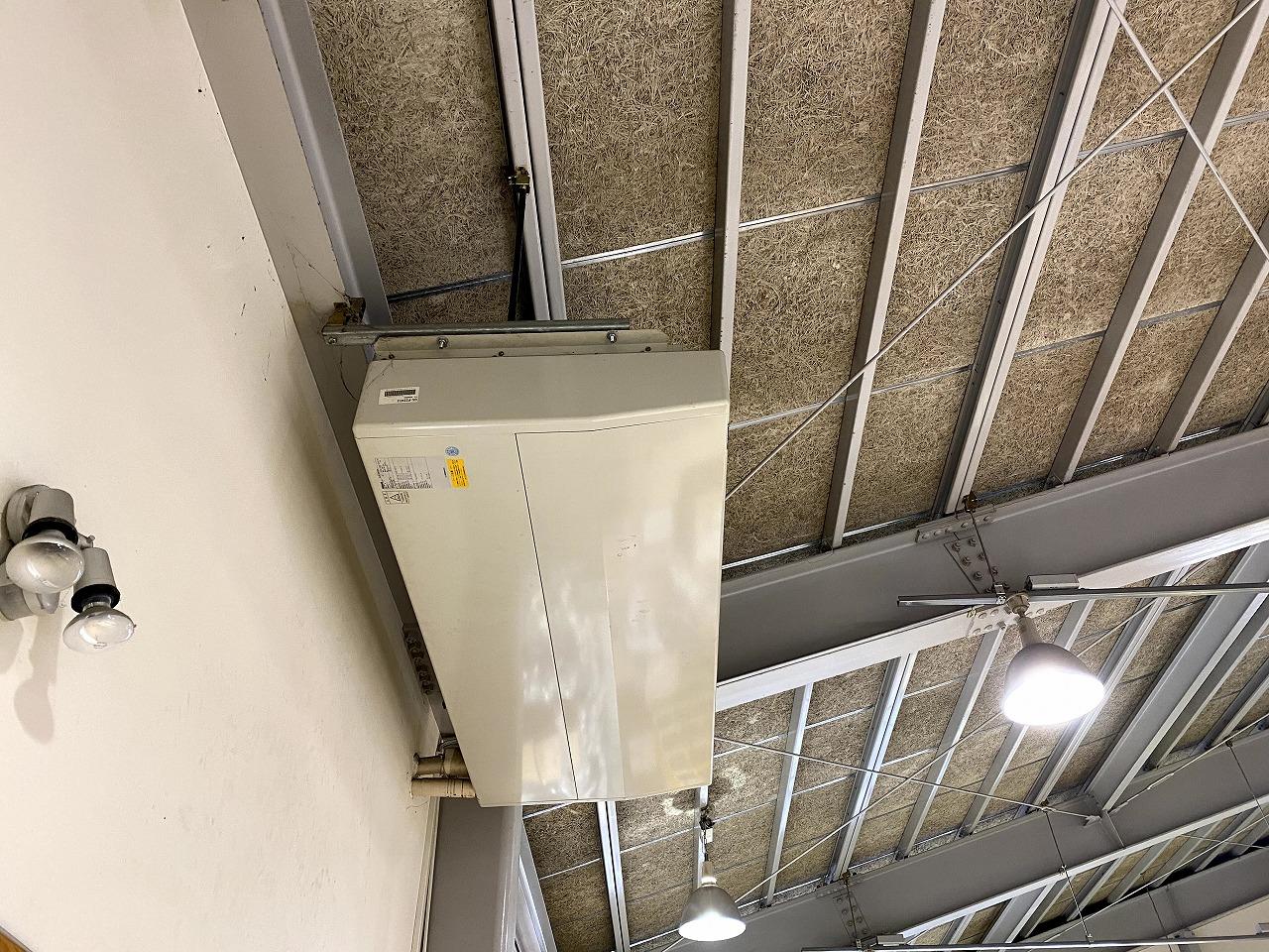 エアコン取替工事【天吊形8馬力】